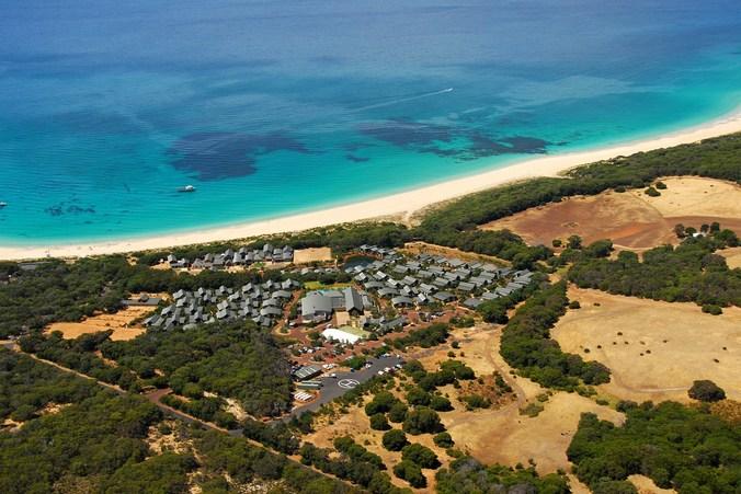 ullman_Resort_Bunker_Bay_-_Aerial_Shot_3cb1808